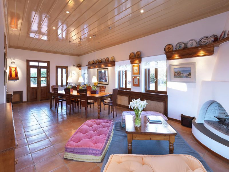 NEMIRE Villa Interior